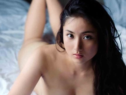 Asian chinese super model Saaya Irie